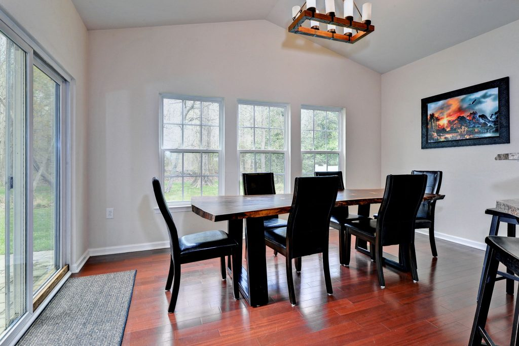 seller secret real estate tip bright natural light for buyers get return on investment hampton roads