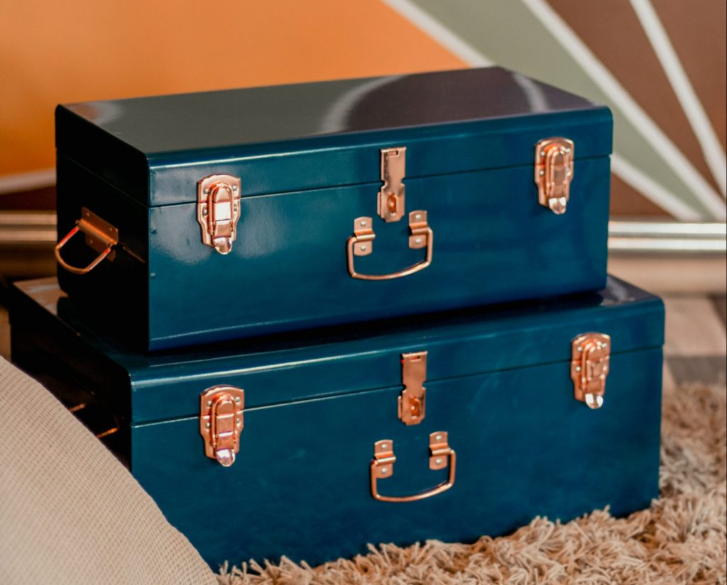 organizer boxes for home showings